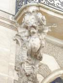 dragon-Balcon de l`hôtel Chenizot le Saint-Louis